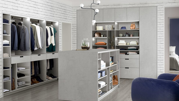 visuel-dressing-ambiance-casual-chic-ciment-clair